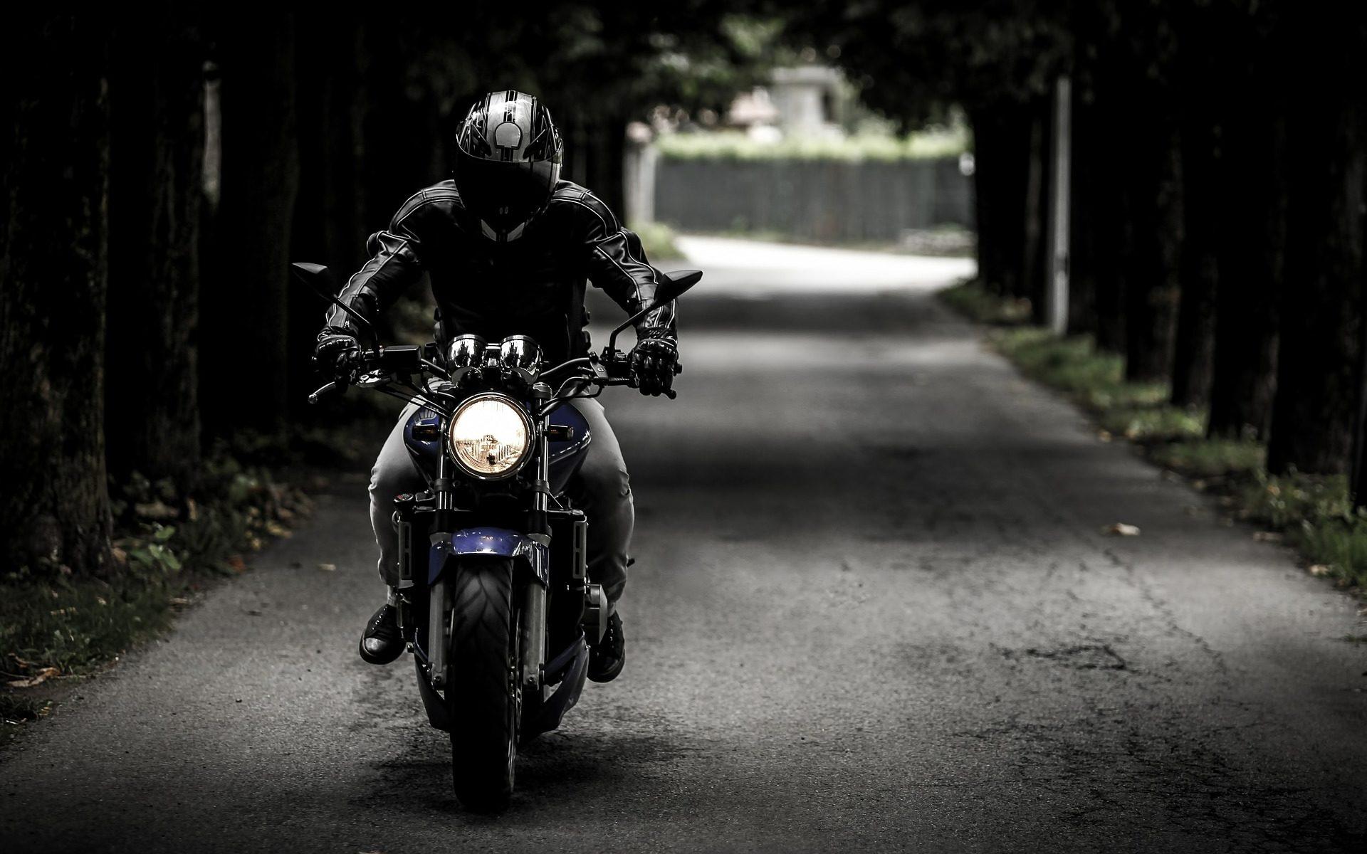 Biker (c) Pixabay